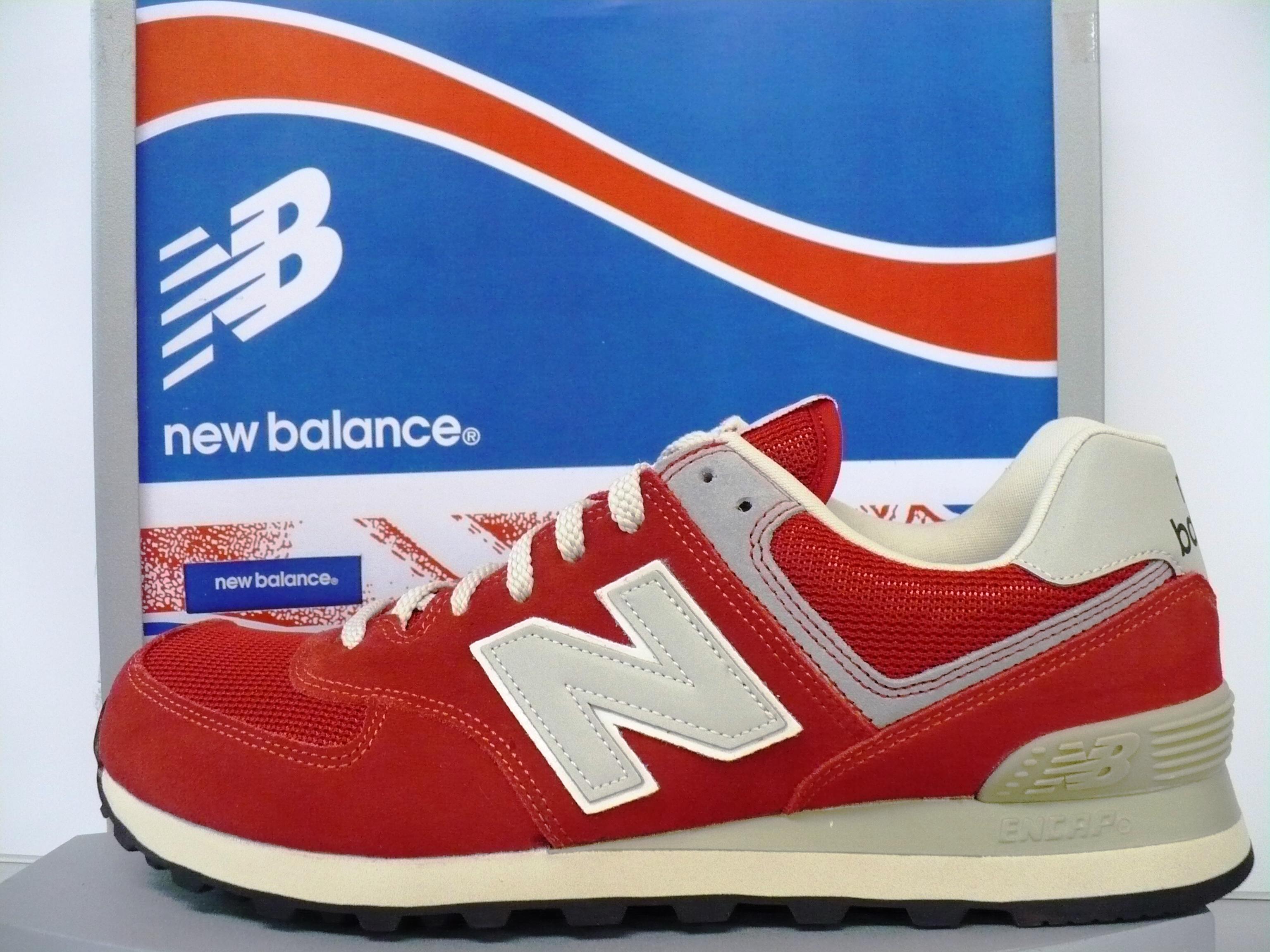 new balance rossa